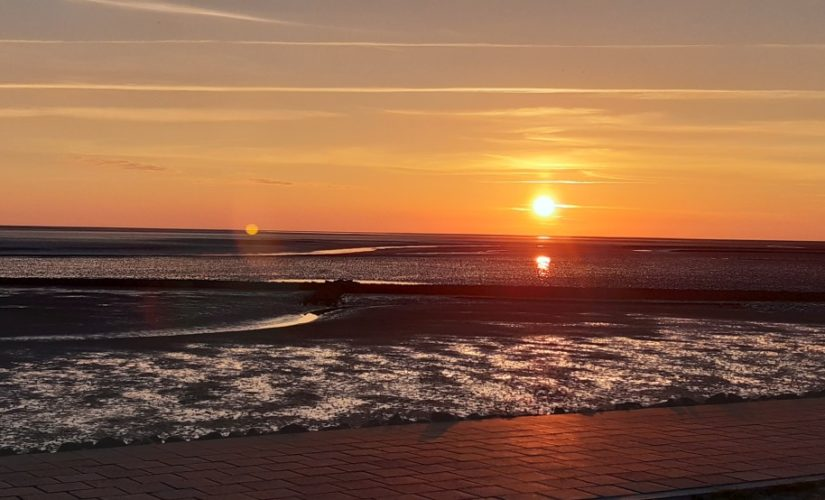 Sonnenuntergang-Lagune